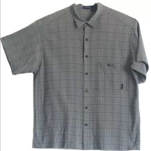 Patagonia Gray Button Down Short Sleeve Size L